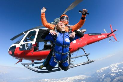 Helicopter Skydive Eiger Jump