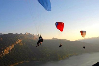 Twin paragliding